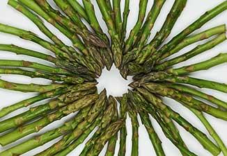 un mazzo di asparagi