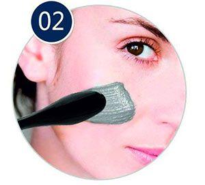 applicazione di magnetic mask con la spatola