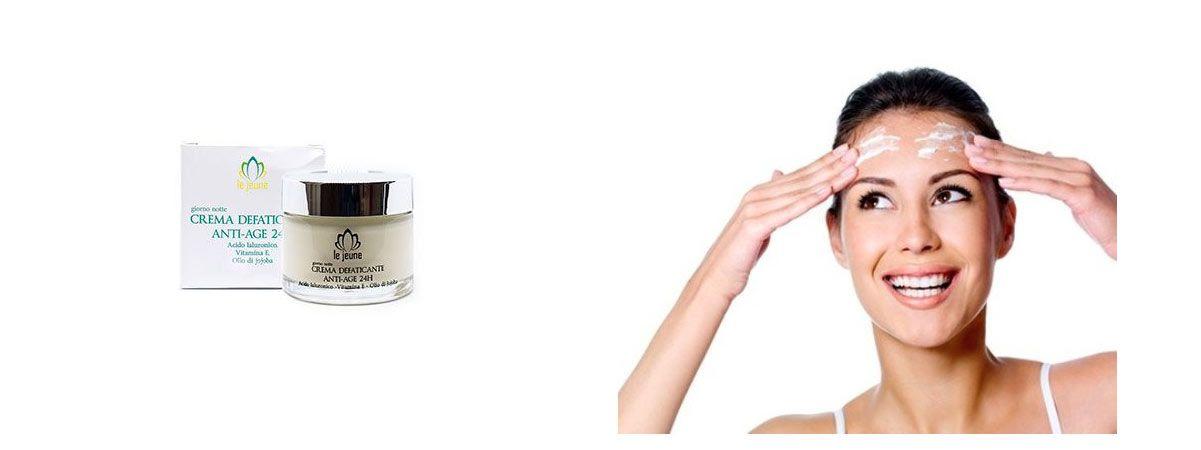 viso donna con prodotto le jeune crema antirughe